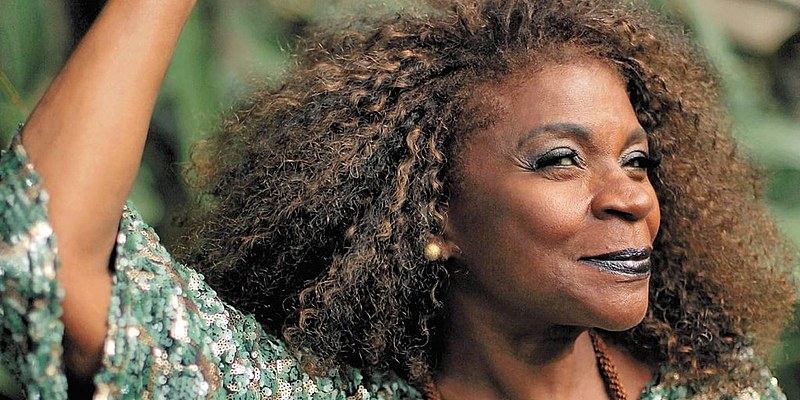 Cantora e atriz faz show especial em Natal em alusão ao Dia da Consciência Negra