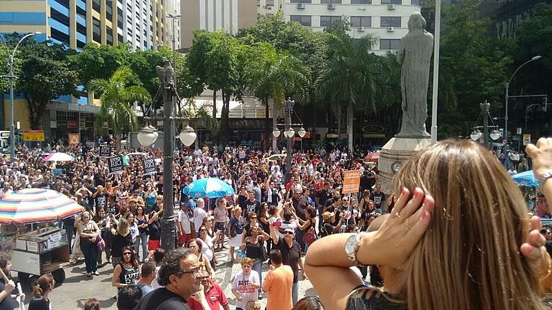 Ato foi convocado pelo Movimento Unificado dos Servidores Públicos Estaduais do Rio de Janeiro (Muspe)
