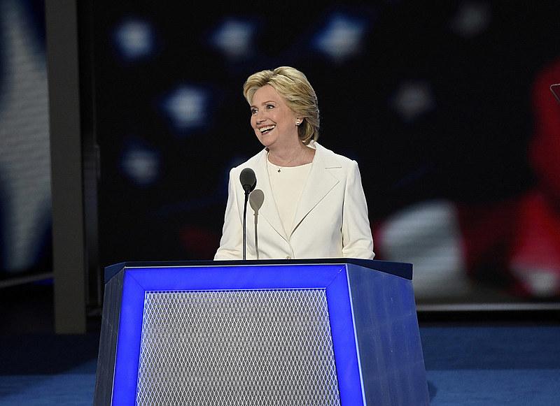Hillary Clinton durante discurso de encerramento da convenção democrata