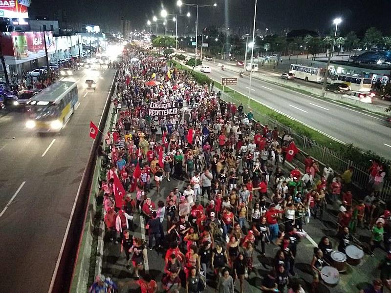 Após os dias 15 e 30 de maio, nova manifestação massiva toma as ruas de Natal