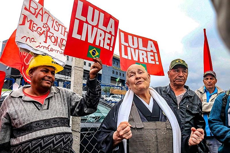 Para a monja, Lula possui uma fé particular e expressou gratidão a integrantes da Vigília