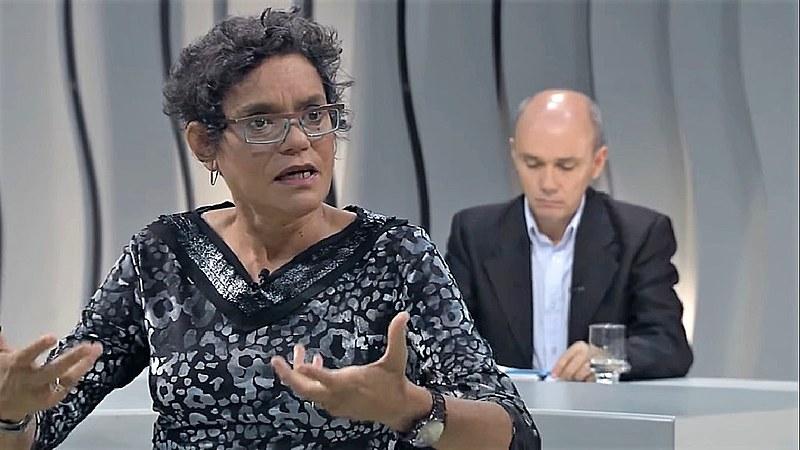 Jacqueline Muniz participa do programa Voz Ativa, da Rede Minas de Televisão, em 2018