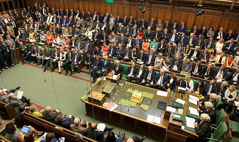 Por 321 votos a 278, os parlamentares barraram a emenda