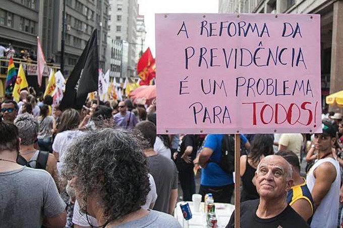 Motivos para a reforma ou não existem ou poderiam ser resolvidos de forma muito menos traumática para os trabalhadores
