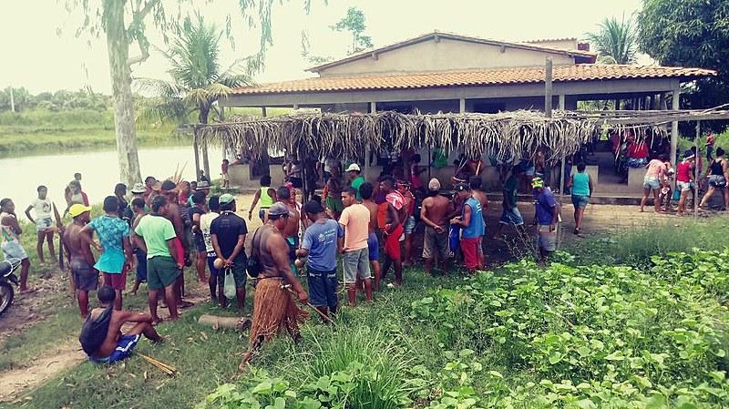 No momento, os indígenas se encontram dispersos na mata e têm dificuldade em acessar hospitais, sob risco de novos ataques.
