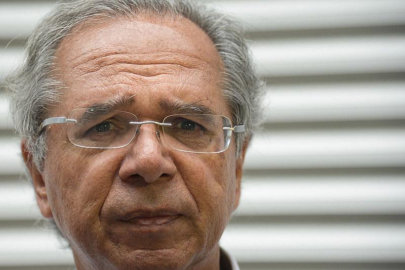 """O ministro Paulo Guedes diz que quer fazer uma grande queima de estatais no estilo """"fast track"""""""