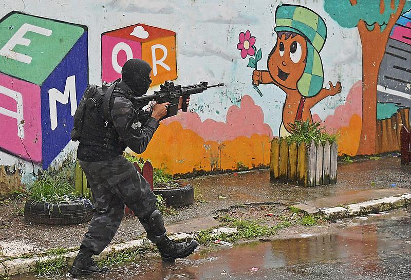 Las operaciones policiales en las favelas de Río de Janeiro dejan, en promedio, más de un muerto al día