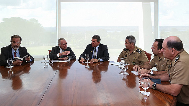 Actual presidente golpista Michel Temer en reunión sobre Seguridad Pública en Brasilia