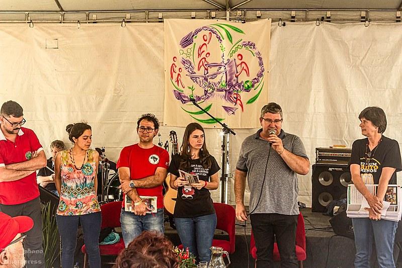 Movimentos sociais participaram da abertura do espaço de educação da jornada