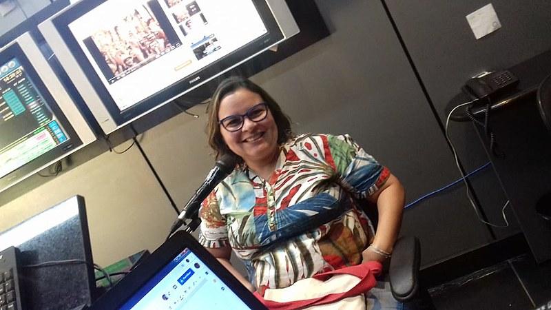 A professora e sindicalista Érika Suruagy fala sobre inquérito instaurado por Jair Bolsonaro contra outdoors da campanha Fora Bolsonaro